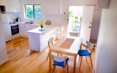 Cottesloe Contempo Apartment - Dining Area/Kitchen - holiday accommodation rentals for short term stays in Perth