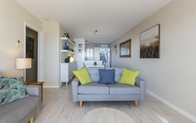 Cottesloe Azura Apartment - Open Plan Living - Short Term Accommodation Holiday Apartment Perth Western Australia