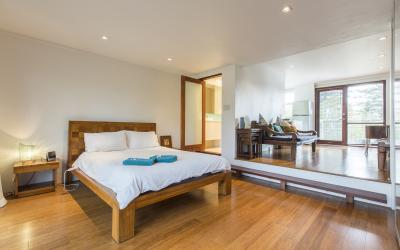 Cottesloe Studio Apartment - Bedroom - holiday accommodation rentals for short term stays in Perth