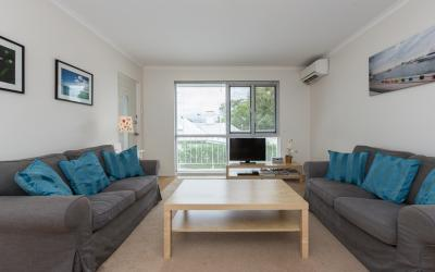 Claremont Apartment Number 6 - Lounge - Perth Short Term Accommodation