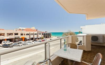 Cottesloe Beach Executive Apartment - Balcony/Outdoor Area - holiday accommodation rentals for short  term stays in Perth