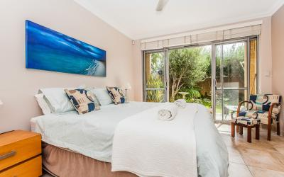Cottesloe Beach 24 - Bedroom - holiday accommodation rentals for short term stays in Perth
