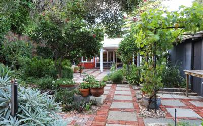 Outdoor area- Loma Beach Cottage- Short term accommodation Perth