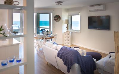 Cottesloe Blue Apartment - Living - holiday accommodation rentals for short term stays in Perth