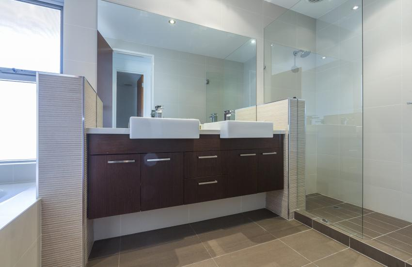 Cottesloe Luxury Villa- Bathroom - Short stay holiday accommodation rentals