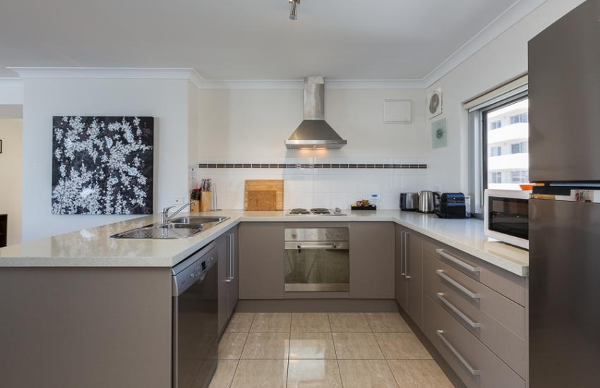 Golden Sands Beach Apartment - Kitchen - holiday accommodation rentals for short  term stays in Perth