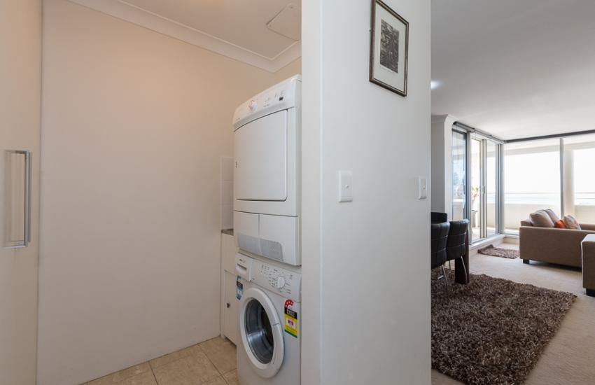 Golden Sands Beach Apartment - Laundry - holiday accommodation rentals for short  term stays in Perth