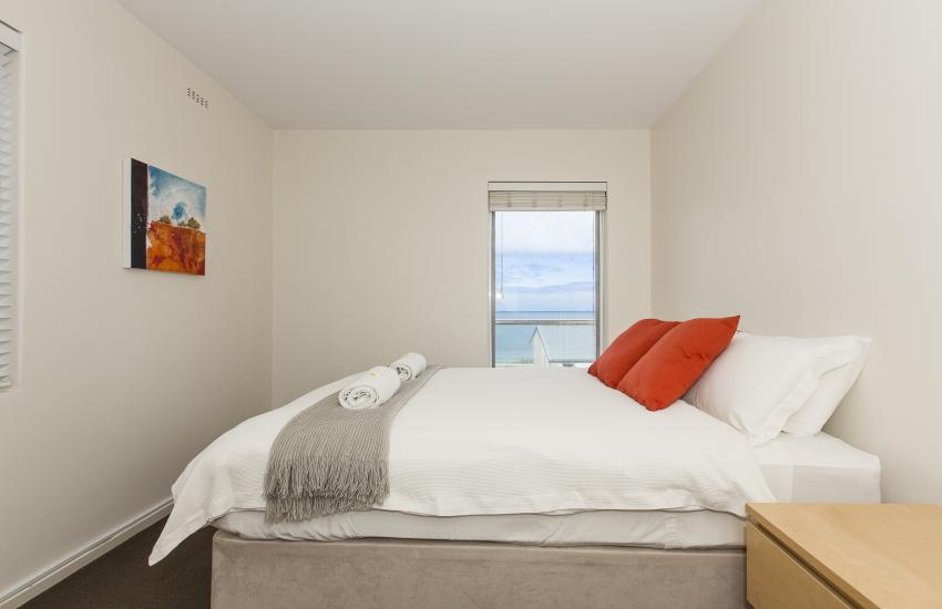 Cottesloe Beachlife Apartment - Bedroom - holiday accommodation rentals for short term stays in Perth