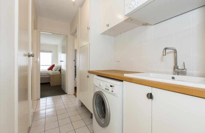 Cottesloe Beachlife Apartment - Laundry - holiday accommodation rentals for short term stays in Perth
