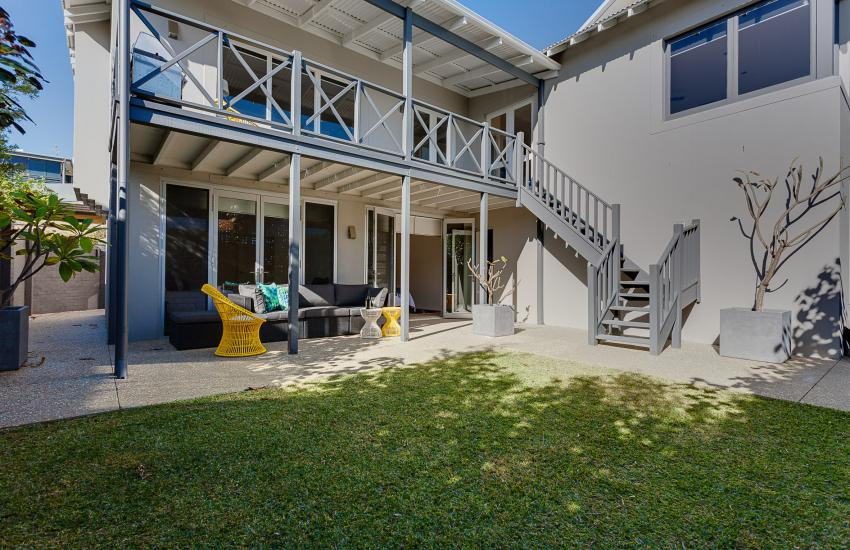 Cottesloe Executive Beach House - Outdoor Area - holiday accommodation rentals for short term stays in Perth