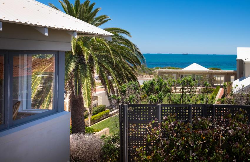 Cottesloe Executive Beach House - View - holiday accommodation rentals for short term stays in Perth