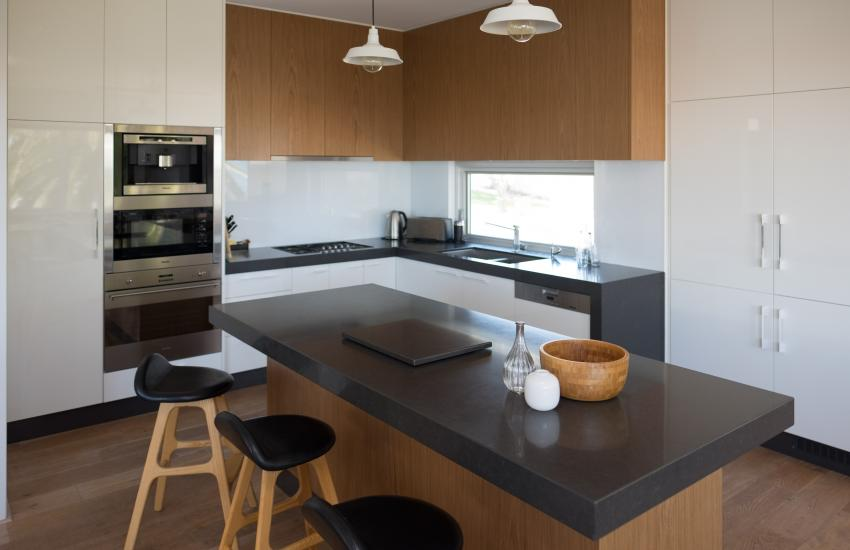 Cottesloe Executive Beach House - Kitchen - holiday accommodation rentals for short term stays in Perth