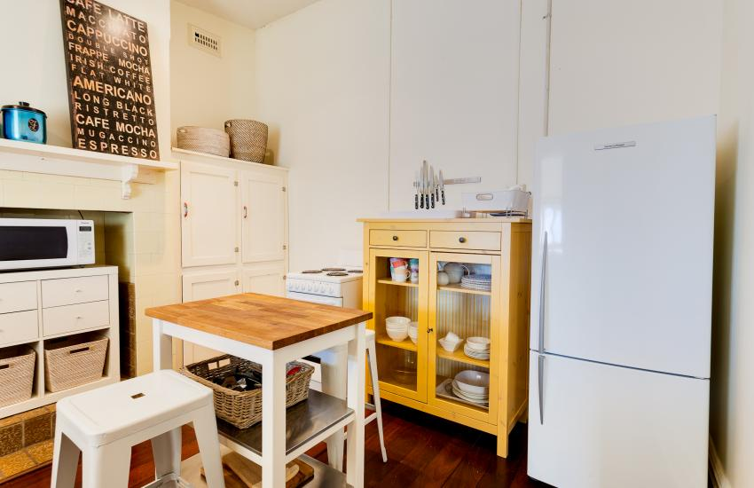 Cottesloe Sunnyside Cottage - Kitchen - holiday accommodation rentals for short term stays in Perth