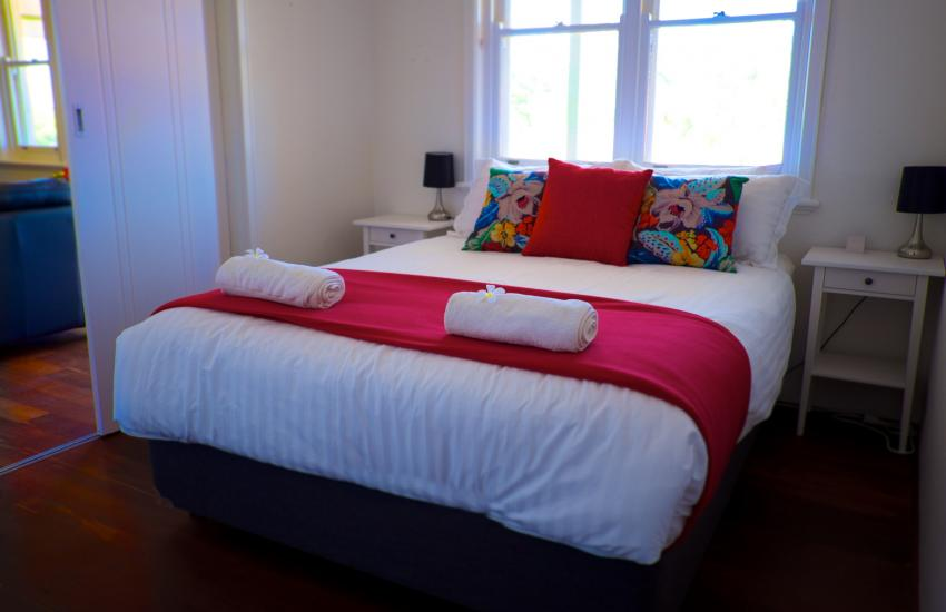 UrbanStyle Claremont Apartment - Bedroom - holiday accommodation rentals for short term stays in Perth