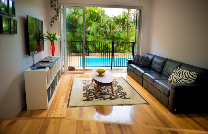 The Classic Australian Family House - Living area - holiday accommodation rentals for short term stays in Perth