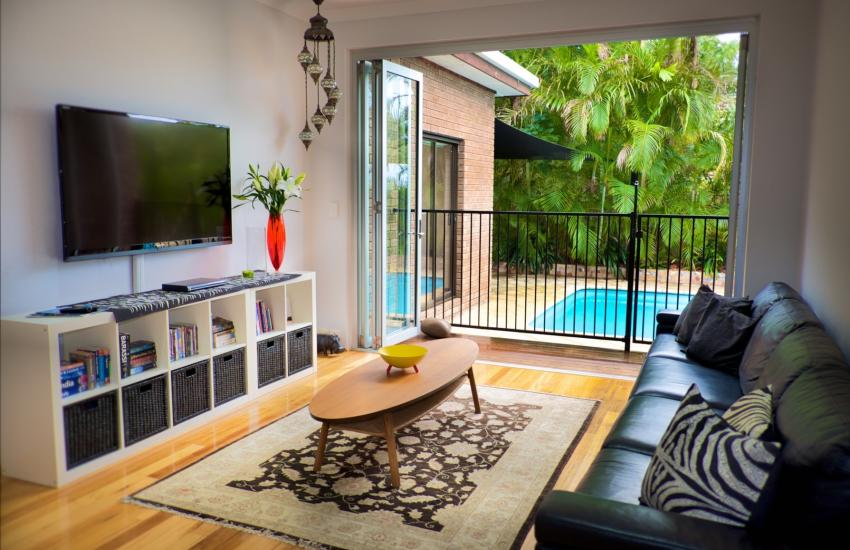 The Classic Australian Family House - Living room - holiday accommodation rentals for short term stays in Perth