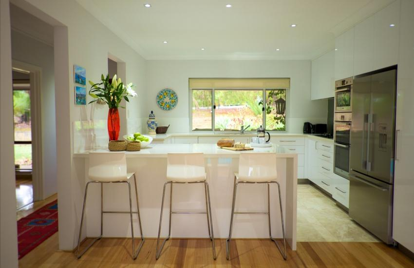 The Classic Australian Family House - Kitchen- holiday accommodation rentals for short term stays in Perth