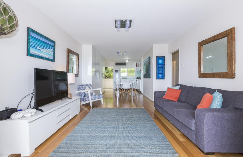 Cottesloe Sakura Blue Apartment - Lounge Area - holiday accommodation rentals for short term stays in Perth