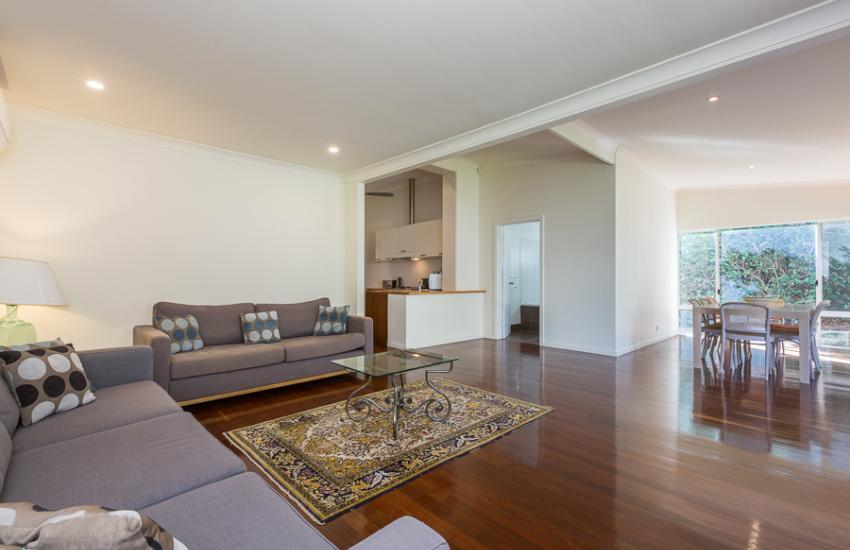 North Cottesloe Cottage - Lounge Room - holiday accommodation rentals for short term stays in Perth