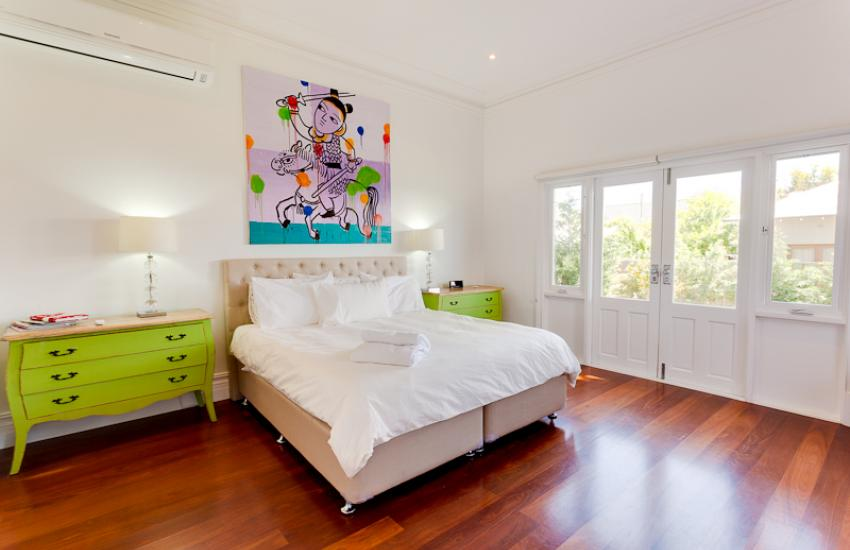 Strickland Park Family House - Bedroom - holiday accommodation rentals for short term stays in Perth
