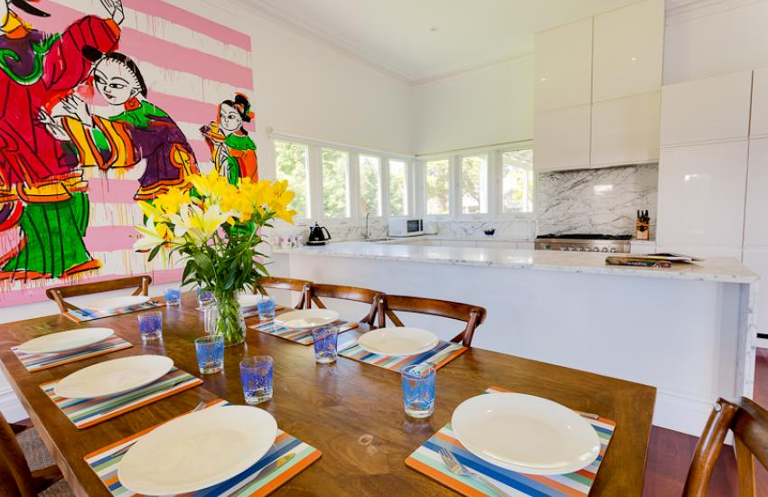 Strickland Park Family House - Dining Area - holiday accommodation rentals for short term stays in Perth