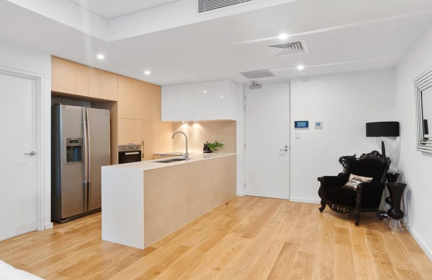 Aria Luxury Apartment - Short Stay Accommodation in Swanbourne, Perth