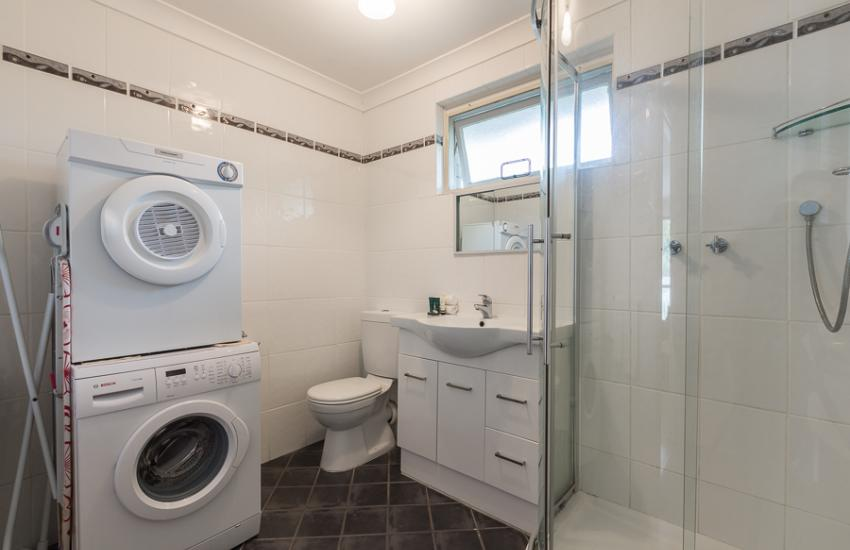 Claremont Apartment Number 6 - Bathroom/Laundry - Perth Short Term Accommodation