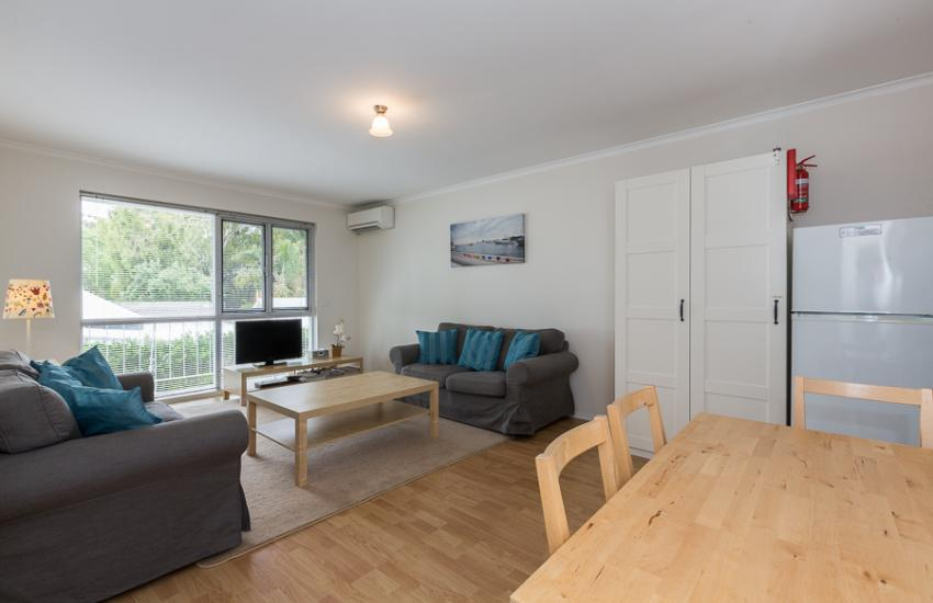 Claremont Apartment Number 6 - Dining - Perth Short Term Accommodation