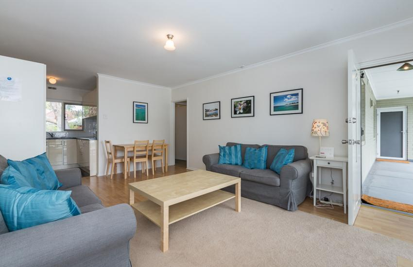 Claremont Apartment Number 6 - Open Plan Living - Perth Short Term Accommodation
