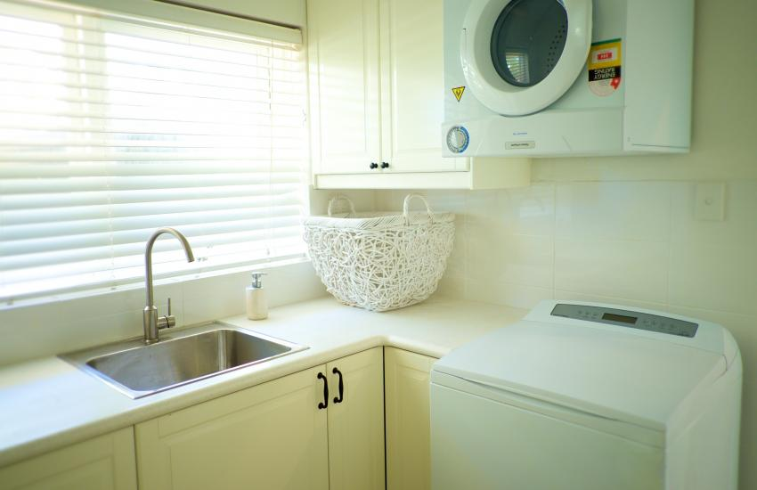 Cottesloe Californian Bungalow - Laundry - holiday accommodation rentals for short term stays in Perth
