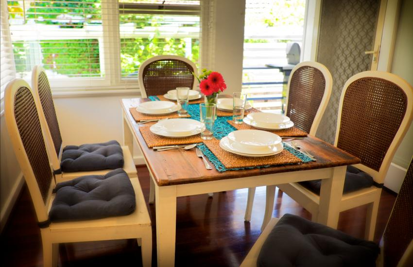 Cottesloe Californian Bungalow - Dining Area - holiday accommodation rentals for short term stays in Perth