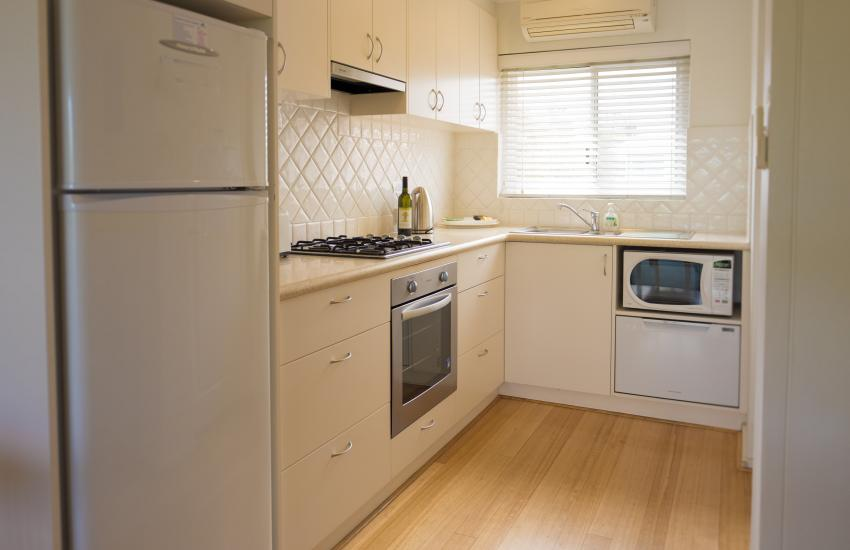 Cottesloe Waters Apartment 9 - Kitchen - holiday accommodation rentals for short term stays in Perth