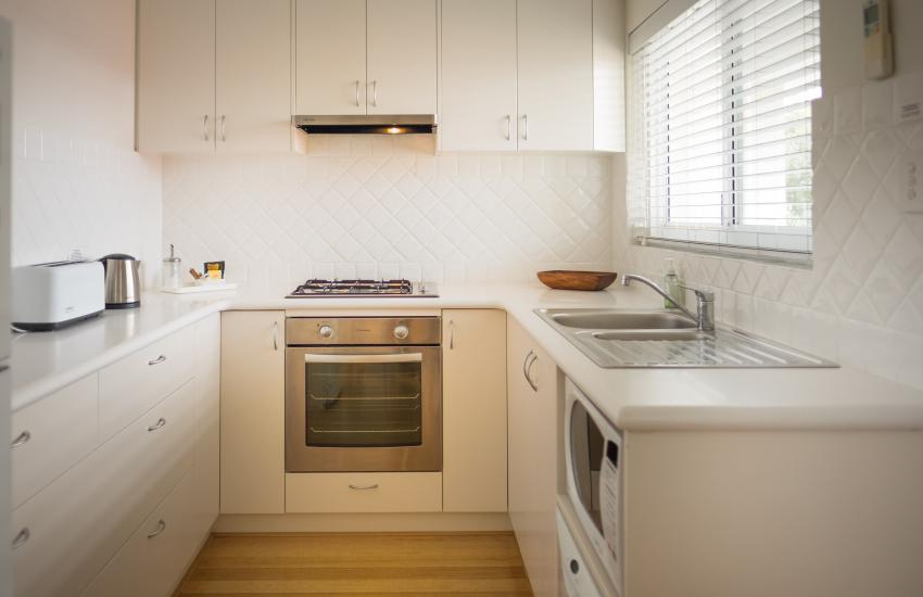 Cottesloe Waters Apartment 8 - Kitchen - holiday accommodation rentals for short term stays in Perth