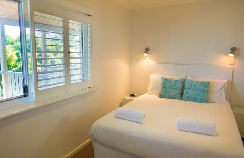 Cottesloe Waters Apartment 8 - Bedroom - holiday accommodation rentals for short term stays in Perth