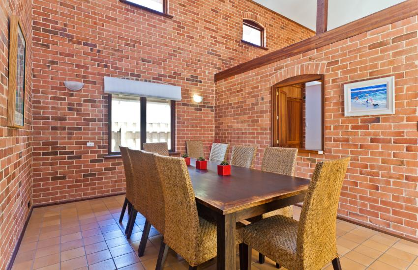 Cottesloe Renaissance Beach House - Dining Area - holiday accommodation rentals for short term stays in Perth
