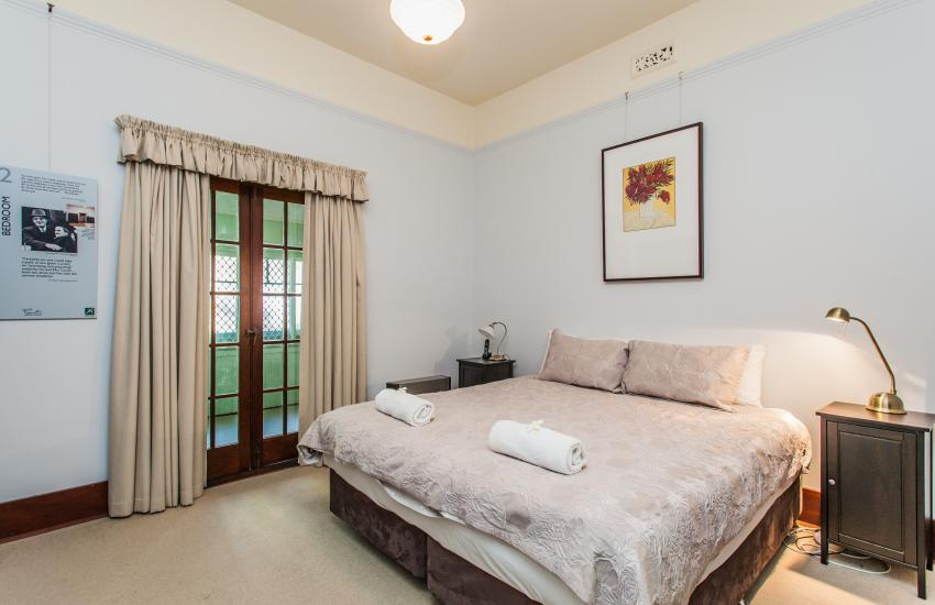 The Curtin Family Home - Bedroom - holiday accommodation rentals for short term stays in Perth