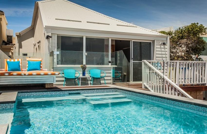 Cottesloe Beach House I - Swimming Pool - holiday accommodation rentals for short term stays in Perth