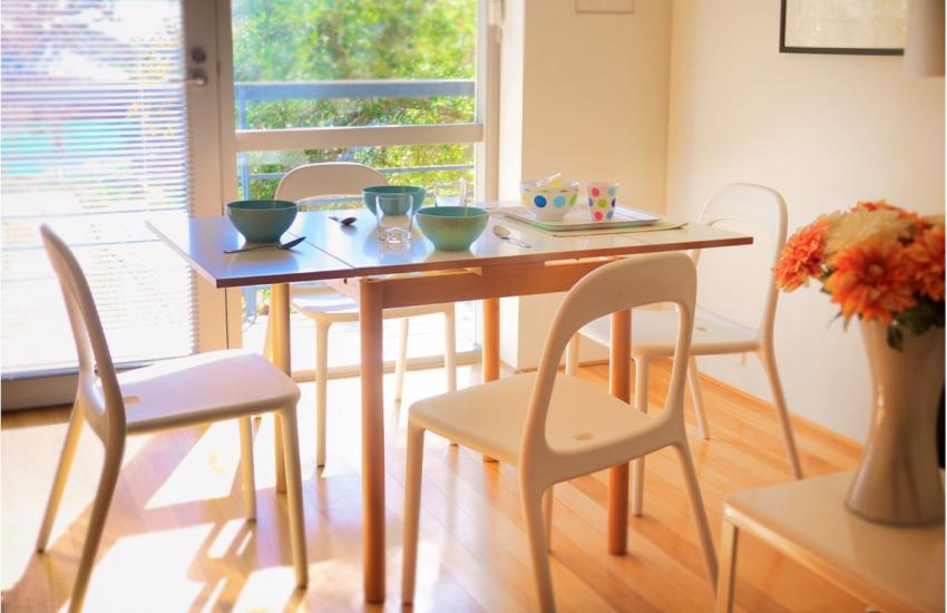 Cottesloe Studio 105 - Dining Area - holiday accommodation rentals for short term stays in Perth