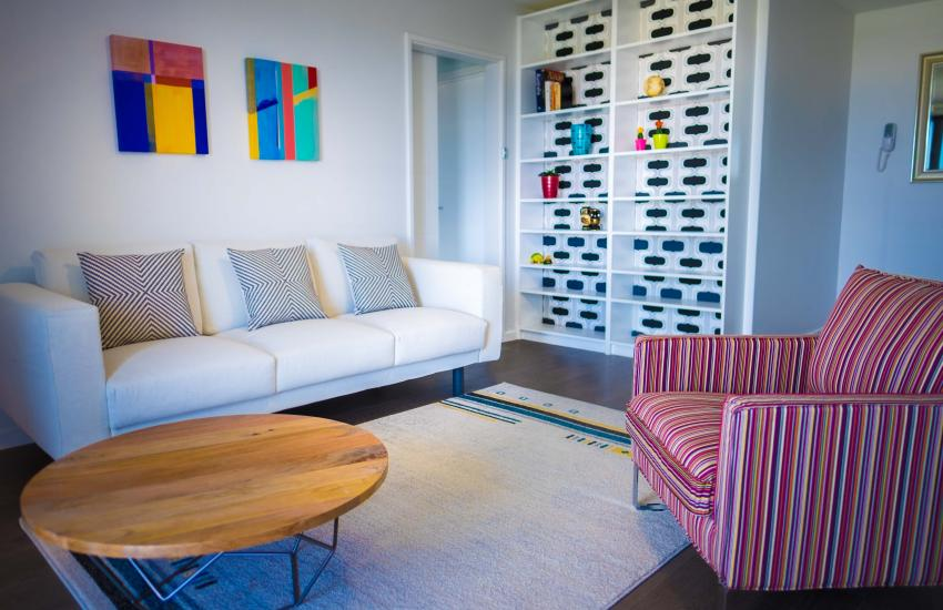 Claremont Vogue Apartment - Living - holiday accommodation rentals for short term stays in Perth