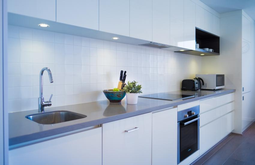 Claremont Vogue Apartment - Kitchen - holiday accommodation rentals for short term stays in Perth
