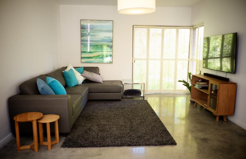 The Cottesloe Artist's Retreat - Living Area - holiday accommodation rentals for short term stays in Perth