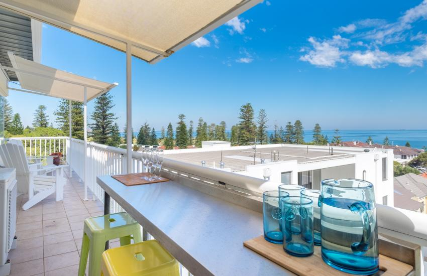1 bedroom fully furnished apartment, Cottesloe Western Australia - Oceanviews