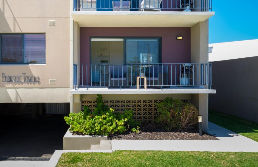 Cottesloe Beach on Napier - Exterior - Cottesloe Fully Furnished Accommodation, Perth Western Australia