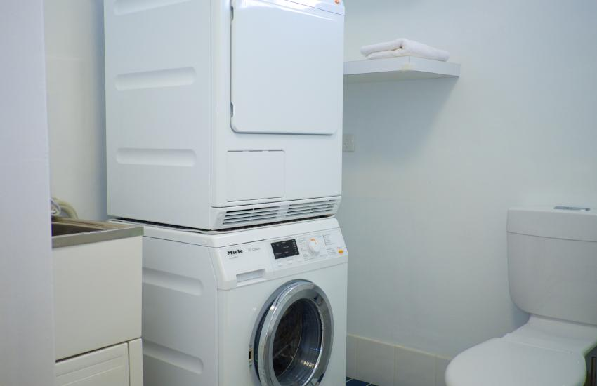 Cottesloe Marine Apartment - Laundry - holiday accommodation rentals for short term stays in Perth