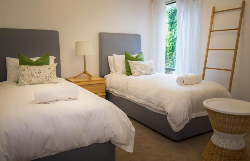 Forrest street Executive Villa - bedroom - holiday accommodation rentals for short and long stays in Perth