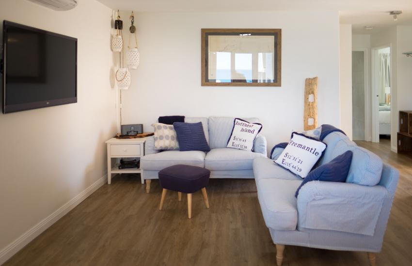 Cottesloe Blue Apartment - Living area - holiday accommodation rentals for short term stays in Perth