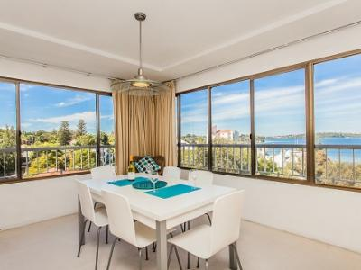 Swan River Executive Apartment