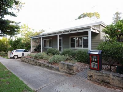Loma Beach Cottage
