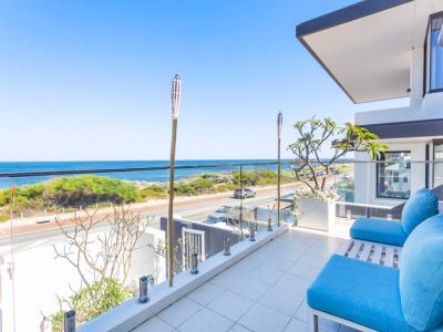 Cottesloe Luxury Gem on Marine