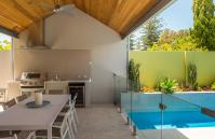 Cottesloe Luxury Villa- outdoor area - Short stay holiday accommodation rentals